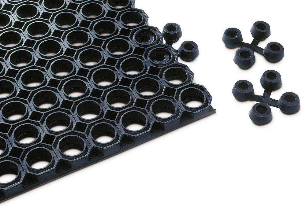 Schmutzfangmatte Typ OM mit Drainagelöchern (Ø 28 mm) und Verbindungselementen