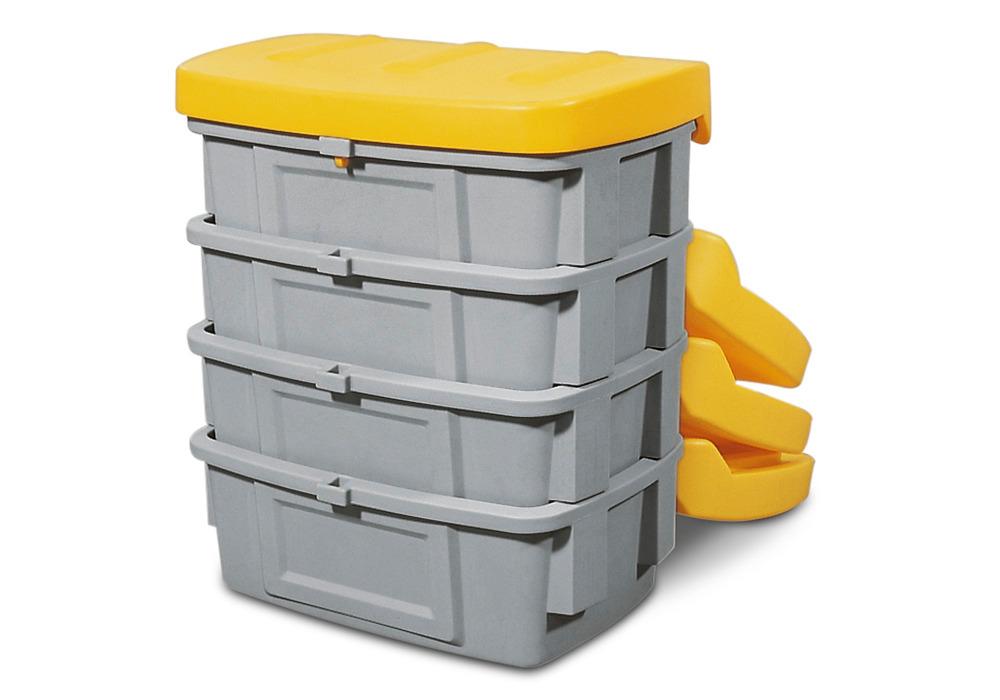 Die Typen SB 100 - 1000 können ineinander gestapelt werden. So können diese Streugutbehälter z. B. während der Sommerzeit Platz sparend gelagert werden.
