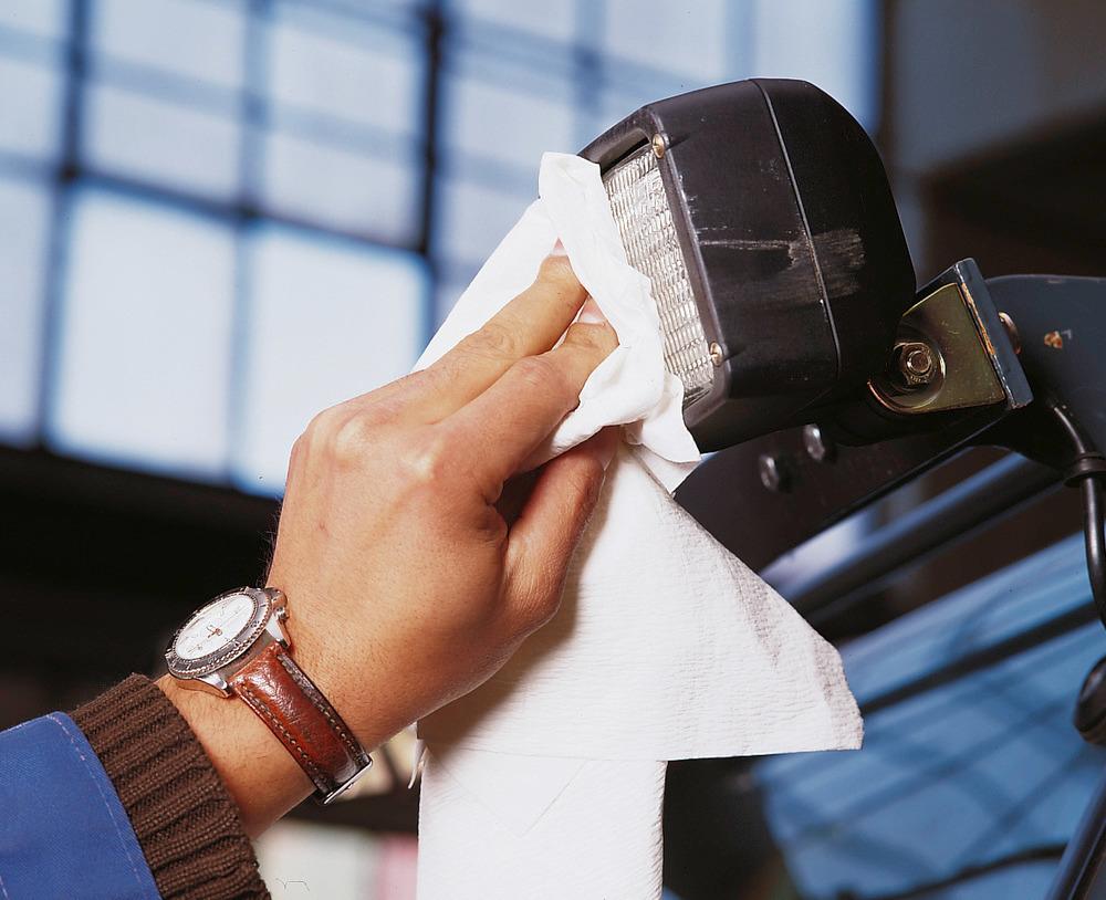 Reinigungstücher für den universellen Einsatz, lösungsmittelbeständig und hoch reißfest