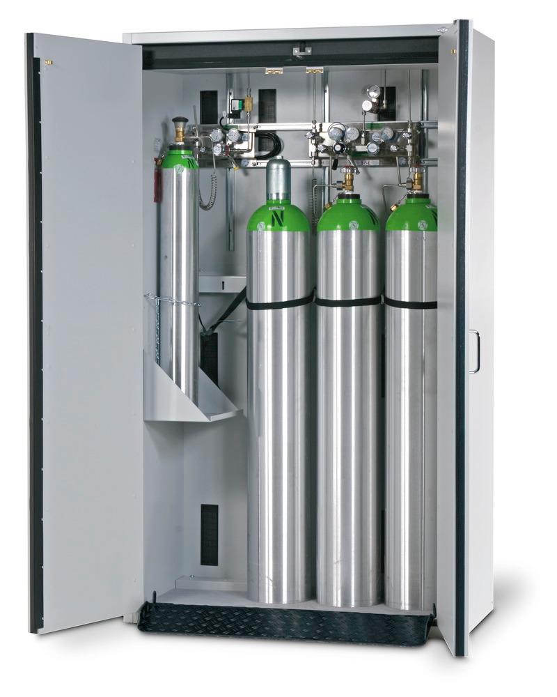 Feuerbeständiger Gasflaschenschrank Typ G 30.12, Breite 1200 mm. Wahlweise als G30- oder G90-Version lieferbar.